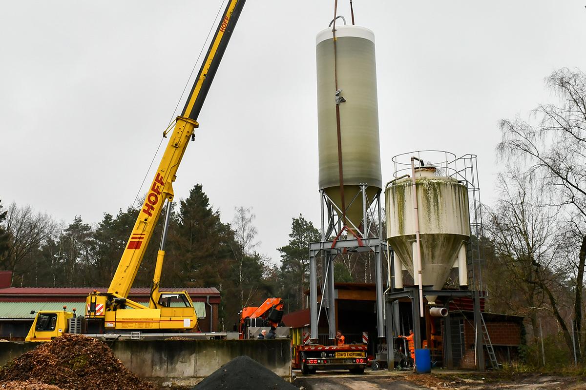 2020_12_10-Streusalz-Silo-Bauhof