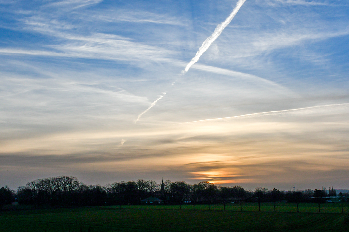 21-Morgendlicher Himmel über Holdorf