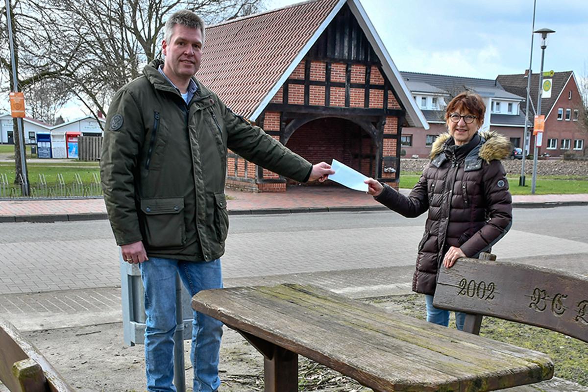 21-Lorse-Naturspielplatz-Spende-Dorfgemeinschaft